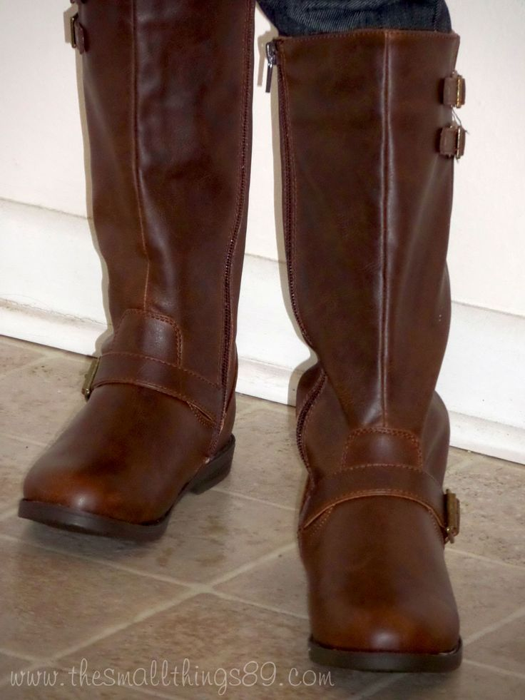 Stride Right- Annaleigh Boots {#Review} & $50 GC {#Giveaway} #GiftGuide2014