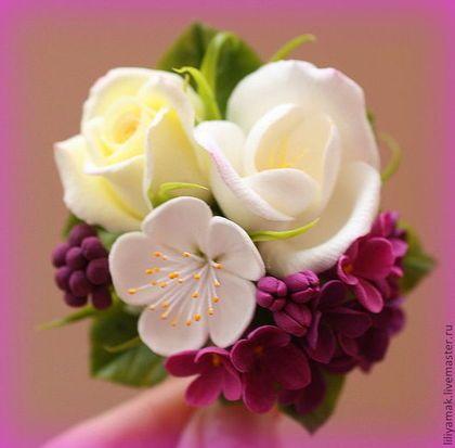Купить или заказать Зажим для волос 'Princess lilac' в интернет-магазине на Ярмарке Мастеров. в другом цвете заколочка 'For Princess', вместо разноцветных маленьких цветочков главный акцент здесь сирень насыщенного цвета. ------------------ нежная, яркая, весенняя, привлекающая вгляд. ****************************************************** ****цена за одну заколку**** --------- нажимайте на фото, чтобы поразглядывать…