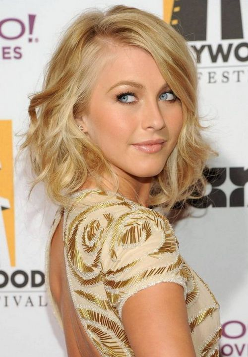 2013 Chic Soft Wavy Hairstyle With Bangs Julianne Hough Medium Length
