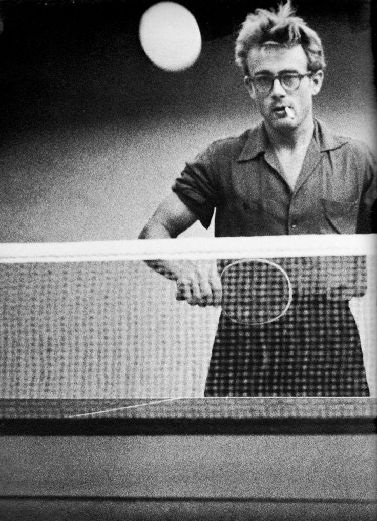 James Dean playing ping-pong. Perfection.