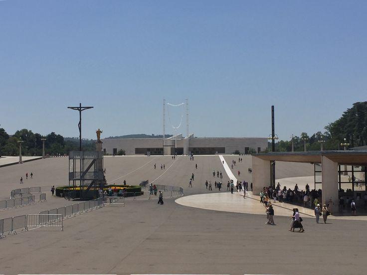 Fatima, Basilica da Santissima Trindade