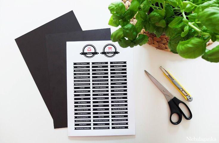 organizacja-w-kuchni-zapasy-tablica-magnetyczna