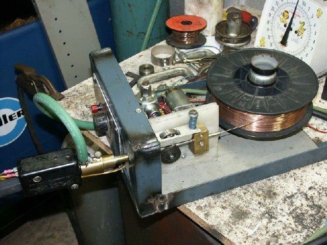 Mig wire feeder by scott henion homemade mig wire for Mig welder wire feed motor not working