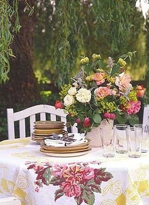 really pretty table . . .
