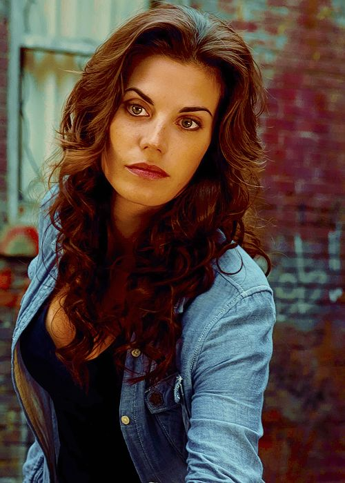 Professor Juniper (Meghan Ory), 36 years old. Previously the lead scientist of the Unova region, Juniper is now one of the scientists working with the Pokers to find a way to undo the Merging.