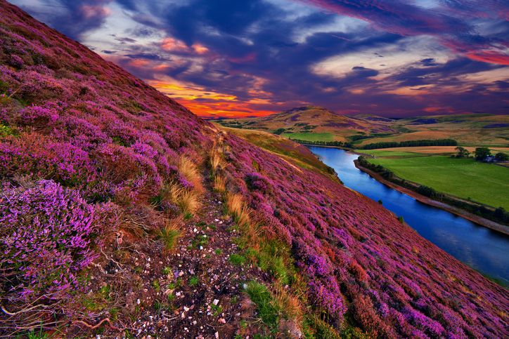 5 of the Best Hiking Routes in the Scottish Capital