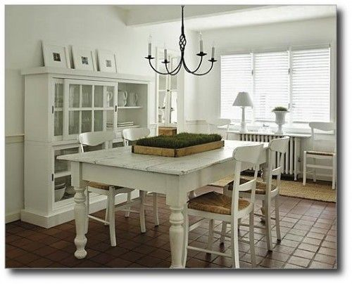 White Farmhouse Table From Next Level Design In Ontario Canada