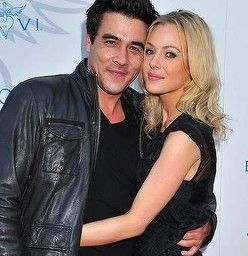 New parents ... Packed to the Rafters stars James Stewart and Jessica Marais. Photo: BELINDA ROLLAND...