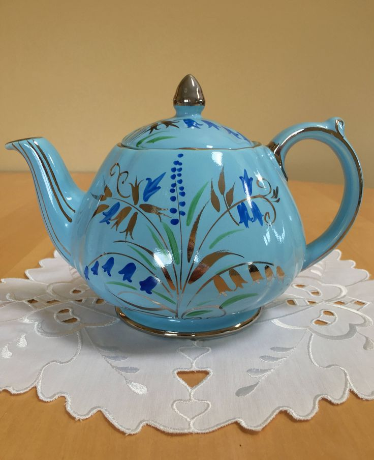 dating sadler teapots Collectible teapots from the popular variety found in our homes to one-of-a-kind collectible tea pots on display at museums, are becoming an exciting and growing facet to the life-long collector.