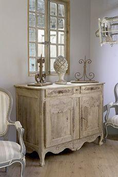 Oltre 25 fantastiche idee su mobili shabby chic su pinterest decorazione shabby chic camere - Mobili stile provenzale ...