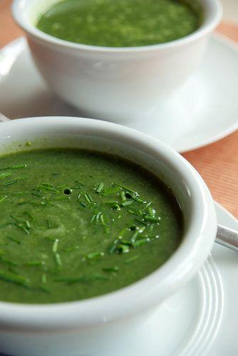 Crema di riso con spinaci e erba cipollina...