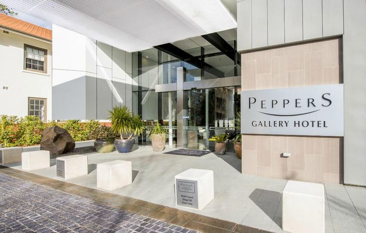 Surrounded by good restaurants: Peppers Gallery Hotel (Canberra): See 649 Reviews and 133 Photos - TripAdvisor