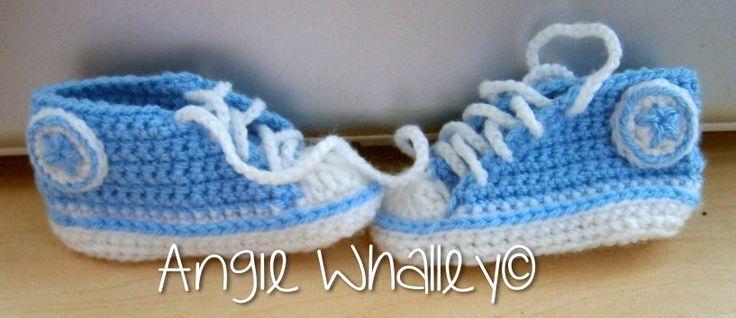 Here are my very first baby converse... I think they're so cute & am looking fwd to doing more in different colours :)