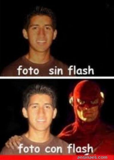 Foto Chistosa - Foto Con Flash, Foto Sin Flash