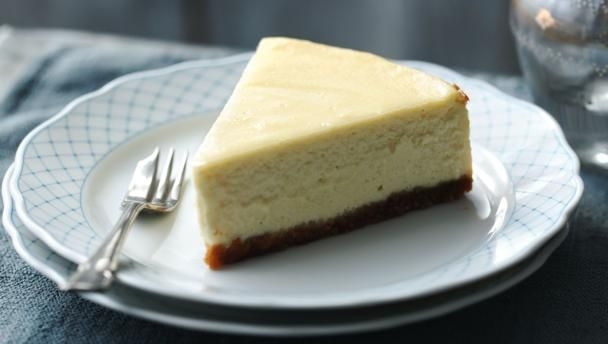 This is the classic New York baked cheesecake with a rich and creamy vanilla topping and a simple biscuit base.