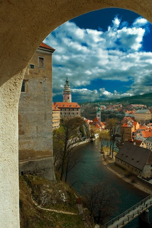 Beautiful day in South Bohemian town Český Krumlov, Czechia #town #castle #Czechia