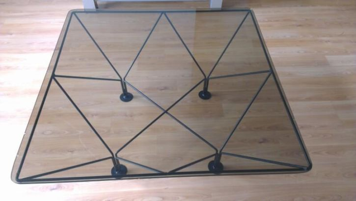 Salon tafel - € 5,00