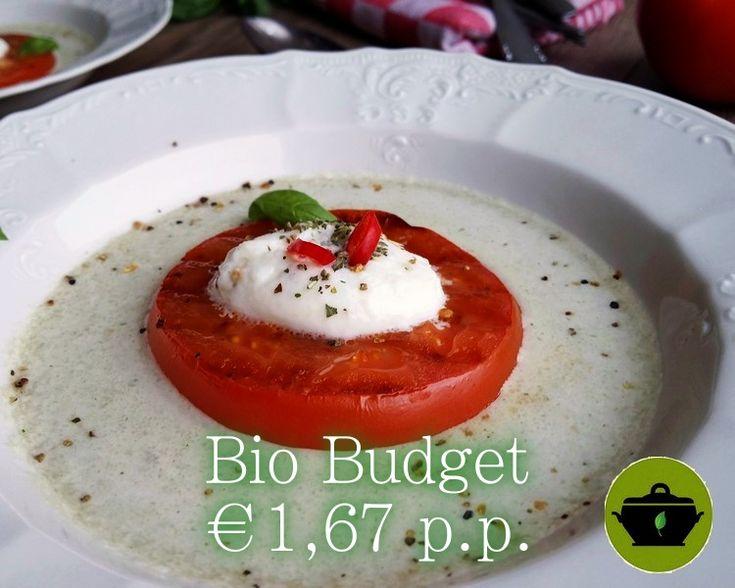 Een snel, licht en vegetarisch voorgerecht voor Kerst. Biobudget, gluten- en lactosevrij. Gegrilde tomaat in venkeljus. Super feestelijk!