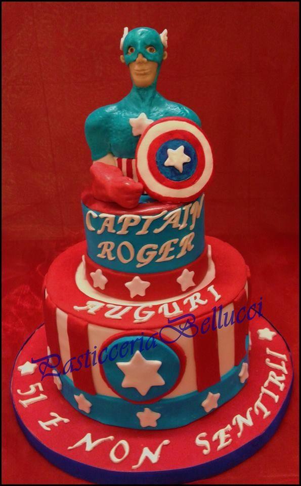 Torta di Compleanno decorata cake design Torta Capitan America Pasticceria Bellucci a Firenze