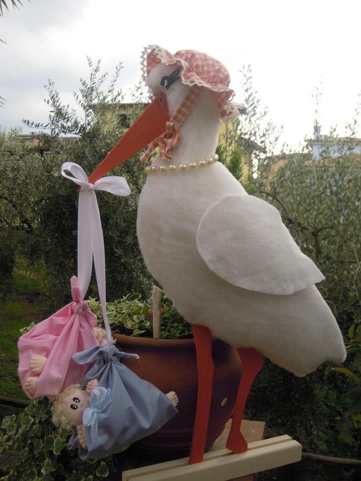 Cicogna annuncio nascita rivestita con imbottitura di cotone