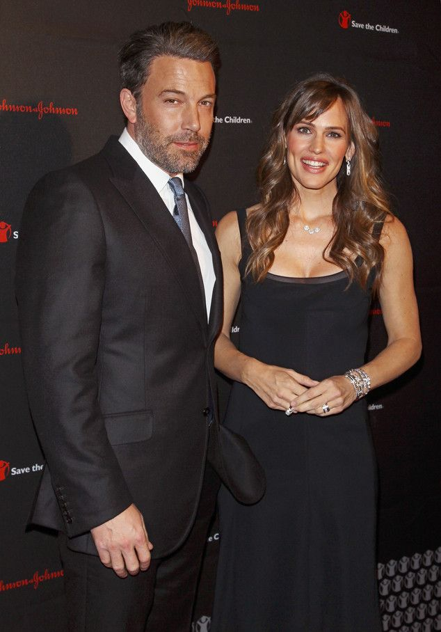 Ben Affleck and Jennifer Garner are a super-star couple at the 2nd Annual Save the Children illumination Gala.
