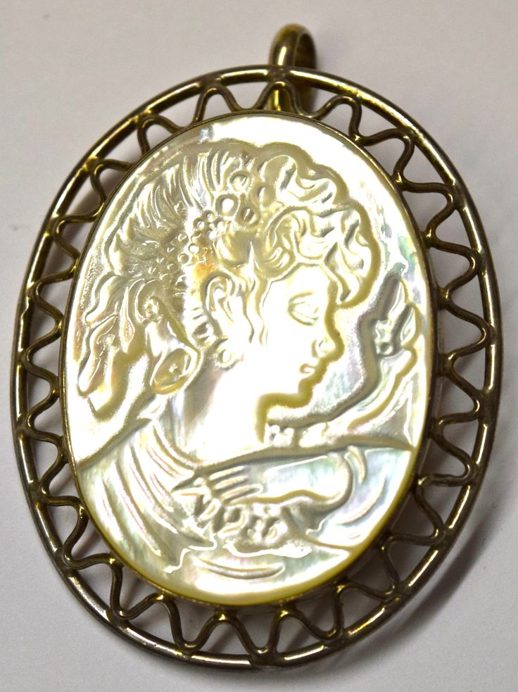 Mother of Pearl Cameo Pendant & Brooch Pin