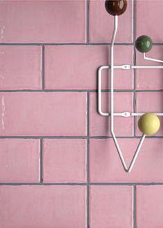 azulejo mezclado de tamao 10x10 y 10x20 en color rosa