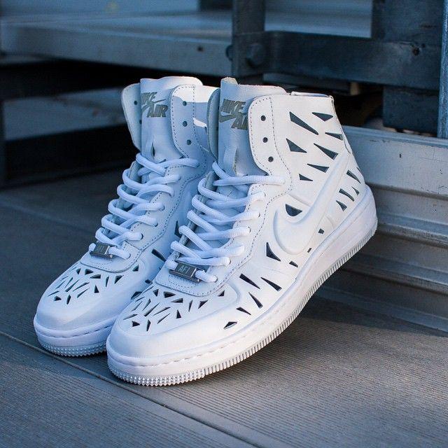 Nike Air Force 1 Vigueur Ultra Mi Joli Femmes Chaussure 130 000 $