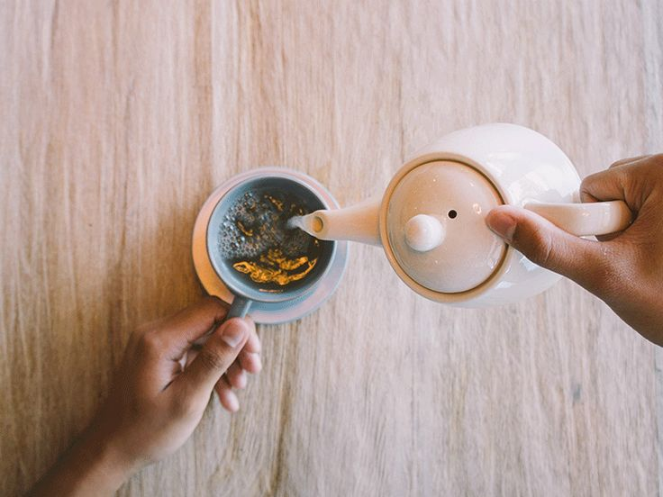 Here's How to Prepare Tea Like the British Do...
