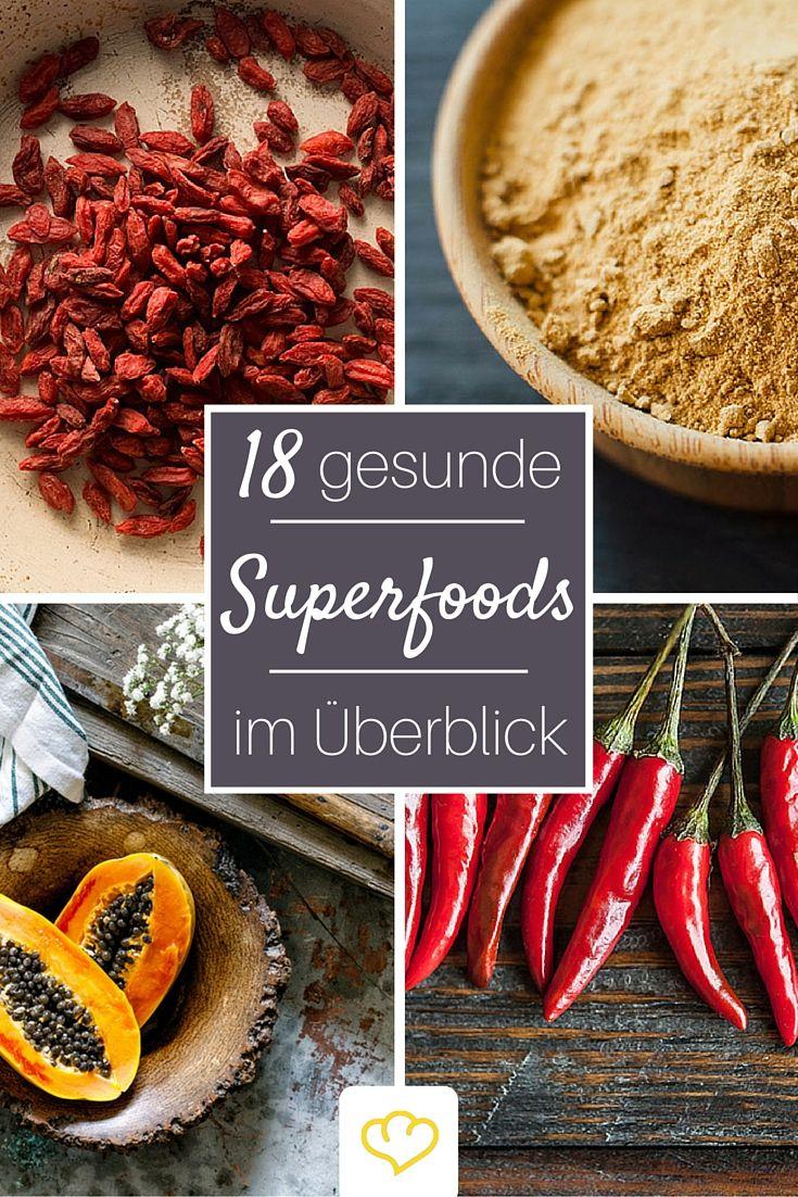 Superfoods sind reich an Nährstoffen, die gut tun und fit halten. Wir haben 18 Superfoods unter die Lupe genommen und getestet was sie wirklich können!