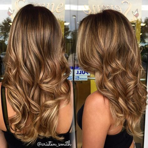 """""""The perfect sun kissed bronde ☀️ golden balayage highlights on my clients light brown base #beautybycristen"""""""