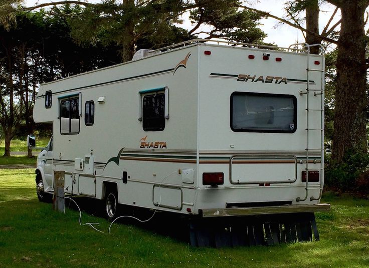 How to Buy a Used RV - A Comprehensive Inspection Guide    If you are looking to buy an RV this year, you can't afford to miss this article.