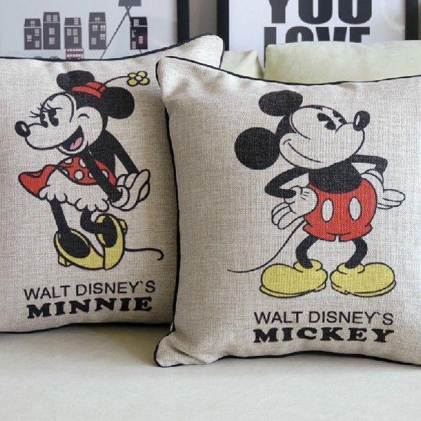 Retro almofada Mickey e Minnie