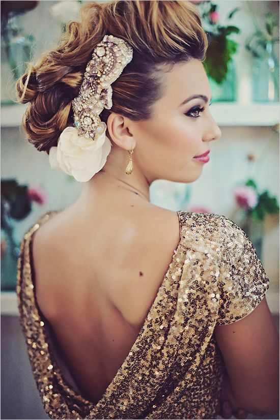 Gold glam wedding inspiration