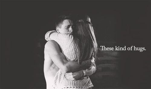 I love these kinds of hugs. {GIF}