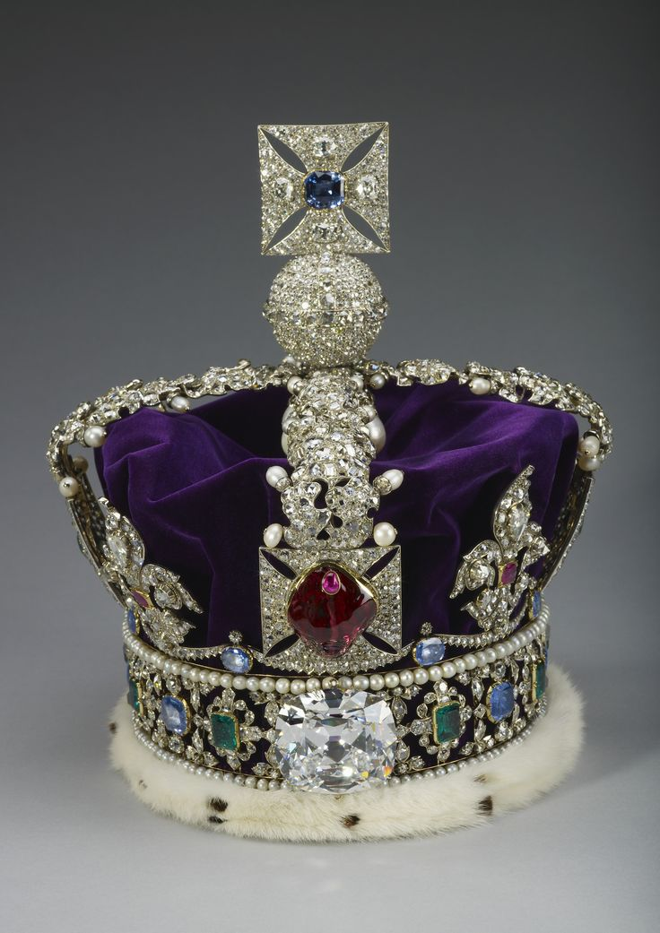 Imperial State Crown weighs 91 kilograms. Due to the weight of the crown, it is often worn on and off for a few hours before the State Opening of Parliament, to get the wearer used to the weight. Queen Elizabeth II has been known to eat her breakfast and read the morning papers wearing it.