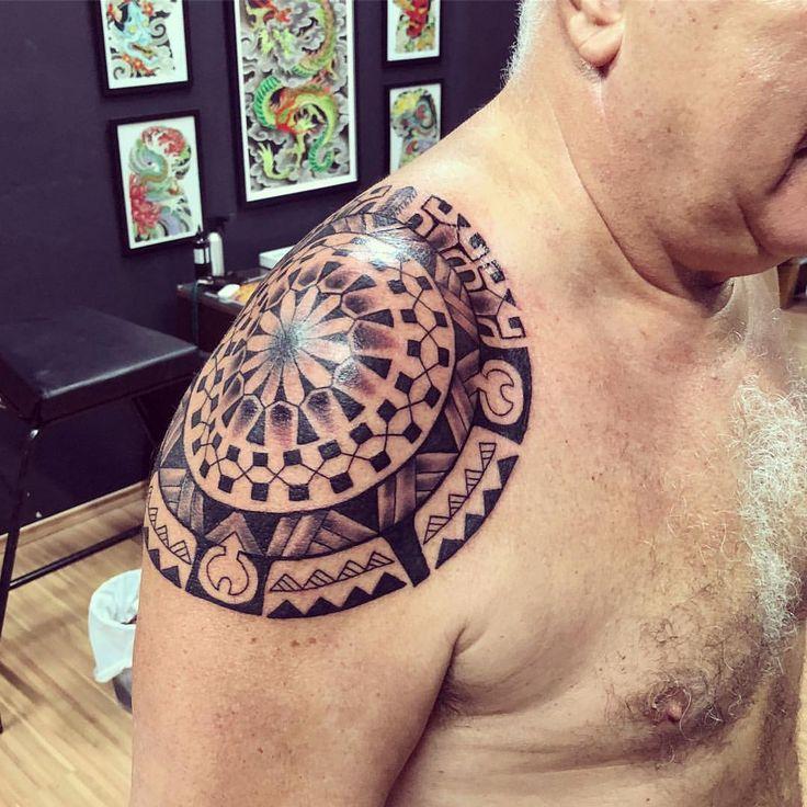 Good Luck Tattoo - Contatos: WWW.TATUAGEM.COM.BR - tatuagem@tatuagem.com.br - 011- 2897-8739 H.C #tattoo #tatuagem #tattoomaori #samoatattoo #tatuagemmaori #polynesiantattoo #maori #maoritattoo #hawai #tattootribal #marquesantattoo #polynesiantribal #tiki #tatau #tattoos #blackwork #tatouage #goodlucktattoojanser #tatuaje #tattooartist #tatuaggi #tatoo #polynesiantattoo #polynesianart #tatuadormaori