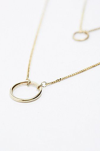 Double Circle Pendant Necklace in Gold - Urban Outfitters