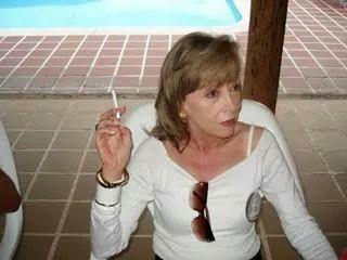 La dama fumando!!!