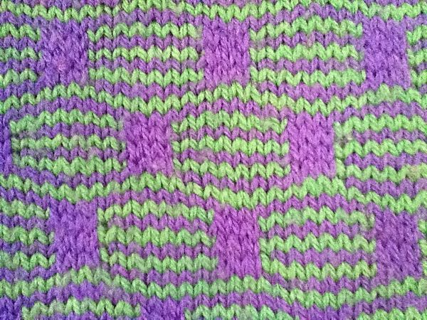 2 Color Knitting Patterns : 17 Best images about mosaic knitting on Pinterest Knitting, Stitches and Irish