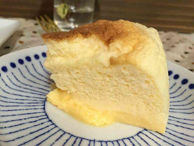 糖質制限MECバターチーズマジックケーキの画像