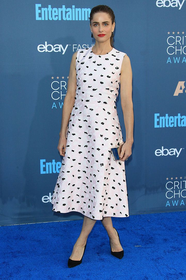 Critics Choice Awards 2016 http://stylelovely.com/galeria/critics-choice-awards-2016-los-mejores-looks/