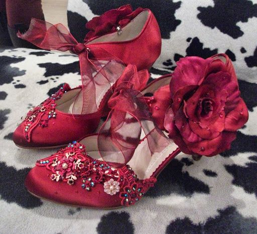 FAB SHOES Hand Made by Beretun Designs, Bond Street Brighton - Beretun Designs Bespoke Creations - Picasa Web Albums