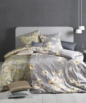 Edle Blumenbettwäsche in Grau für Romantiker