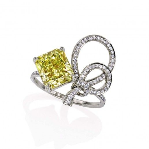 bow ring sotheby s diamonds the sparkliest