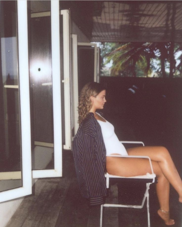 alfinete | @untetheredsun   – PHOTOGRAPHY