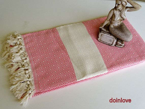 Pink colour diamond patterned Turkish soft cotton bath towel