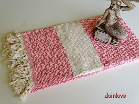 Pink colour diamond patterned Turkish soft cotton bath towel