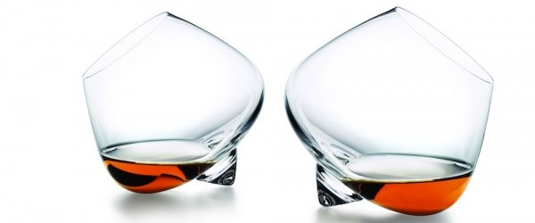 The Cognac Glass from Normann Copenhagen is truly unique and a absolute must-have glass for any cognac drinking connoisseurs. Design, function and enjoyment merges and gives those precious cognac drops a brand new dimension. It's a very neat and different glass which gives the cognac flavor the best possible conditions in terms of temperature and aroma.