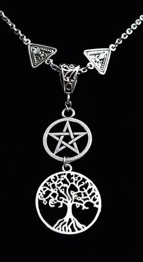 ☆ Wiccan Pentacle Yggdrasil Tree of Life Pagan Necklace :¦: Etsy Shop: CervelleDoiseau ☆